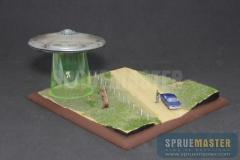 abduction-diorama-01
