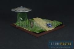 abduction-diorama-02
