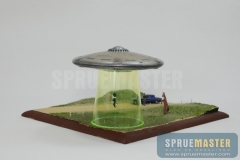 abduction-diorama-13