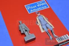 WWI-Albatros-Pilot-02
