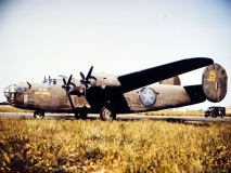 b-24-pict1674