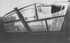 Do335-Cockpit-1