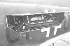 Do335-V8-RearEngine-87