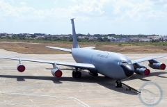 KC-135-001