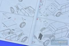 Mercedes-W142-Saloon-042