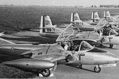 Cessna_T-37_01